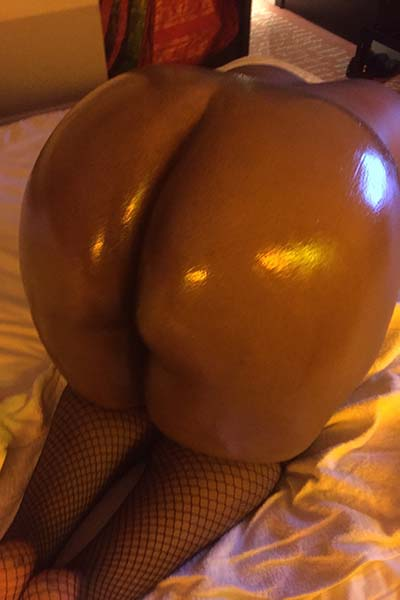 British Chocolate BBW escort