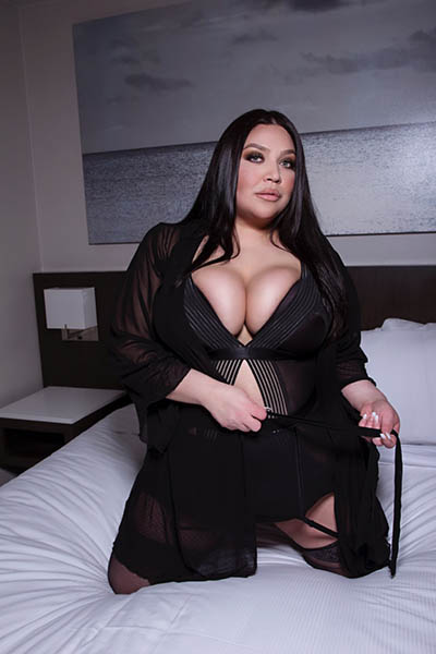 Valentina Veliz Californian BBW